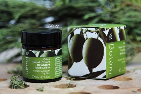 Kem dưỡng ẩm chuyên sâu ngày & đêm - Olive Repair Cream Day & Night Moisturiser